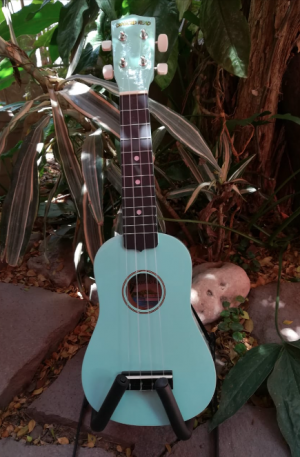 Ukulele Soprano Diamond Head Color Turquesa