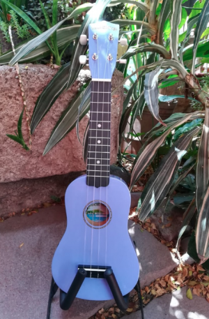 Ukulele Soprano Diamond Head Color Lila