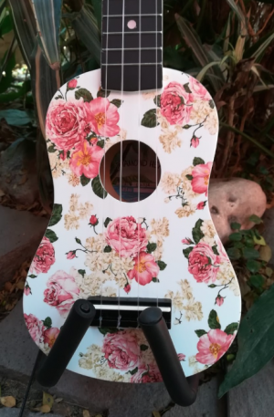 Ukulele Soprano Diamond Head Floral