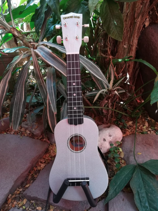 Ukulele Soprano Diamond Head Cadillac Chrome