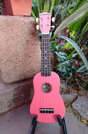 Ukulele Soprano Diamond Head Rosa